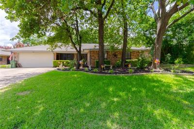 Arlington Single Family Home For Sale: 5100 Millsprings Drive