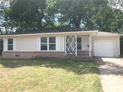 Denton Single Family Home For Sale: 909 Alice Street
