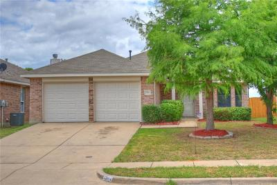 Grand Prairie Single Family Home For Sale: 2904 Westover Drive