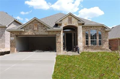Mansfield TX Single Family Home For Sale: $332,482