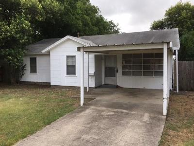 Blue Mound Single Family Home For Sale: 1600 Fagan Drive