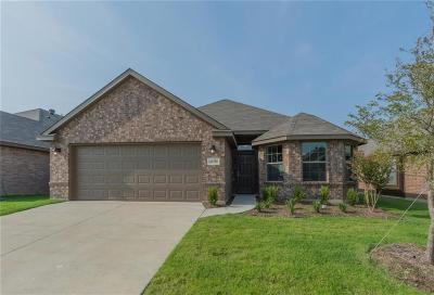 Fort Worth TX Single Family Home For Sale: $211,357
