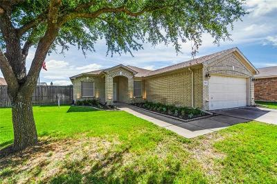 Forney Single Family Home For Sale: 203 Stanford