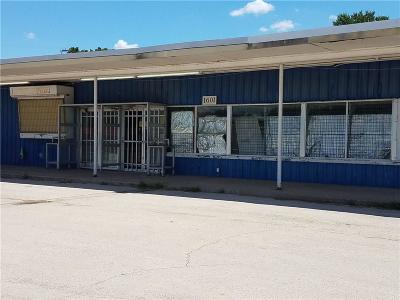Mineral Wells Commercial For Sale: 1601 S Oak Avenue