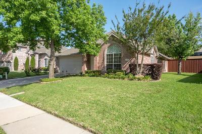 Irving Single Family Home For Sale: 109 Dorsett Drive