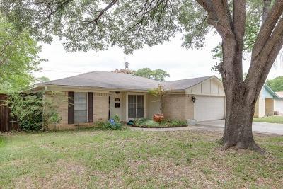 Irving Single Family Home For Sale: 1913 Kris Street