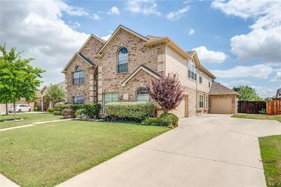 Benbrook, Fort Worth, White Settlement Single Family Home For Sale: 1209 Black Hawk Drive