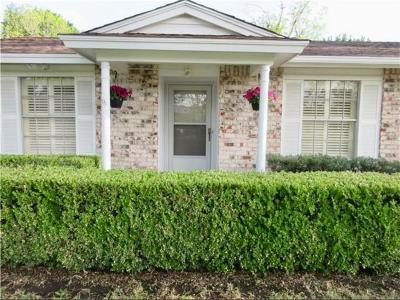 Irving Single Family Home For Sale: 2410 Cartwright Street