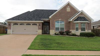 Lindale Single Family Home For Sale: 709 Linus Lane