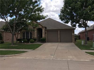 Grand Prairie Single Family Home For Sale: 7043 N Serrano