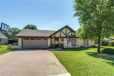 Southlake Single Family Home For Sale: 1043 Summerplace Lane