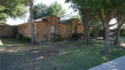 Lewisville Single Family Home For Sale: 1710 Belltower Place