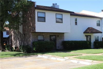Irving Condo For Sale: 1723 E Grauwyler Road #125