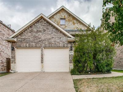 Fort Worth Single Family Home For Sale: 9136 Cottonwood Village Drive