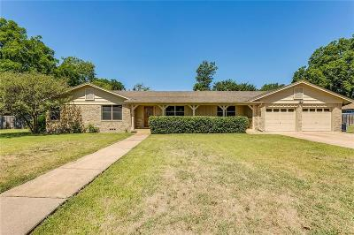North Richland Hills Single Family Home For Sale: 4917 Strummer Drive