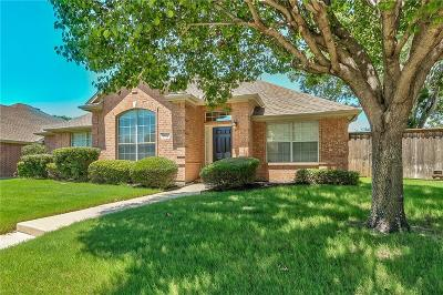 Carrollton Single Family Home For Sale: 1524 Bosque Drive