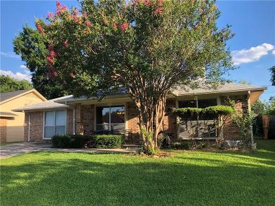 Grand Prairie Single Family Home For Sale: 1613 S Bent Tree Trail