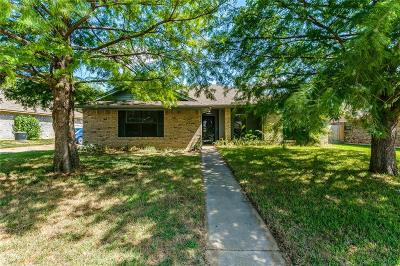 Benbrook Single Family Home Active Option Contract: 1317 Bryant Street