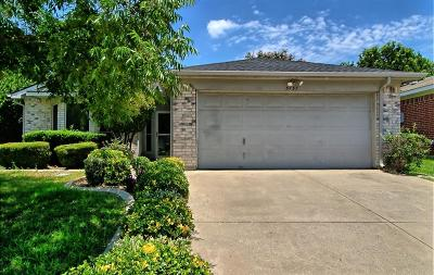 Fort Worth Single Family Home For Sale: 3737 Chaddybrook Lane