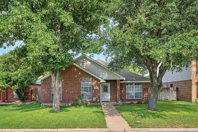 Fort Worth Single Family Home For Sale: 7301 Indiana Avenue