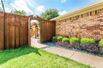 Half Duplex For Sale: 3301 Hilltop Lane
