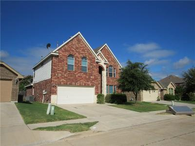 Fort Worth Single Family Home For Sale: 5829 Pearl Oyster Lane
