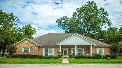 Kemp Single Family Home For Sale: 506 E 9th Street