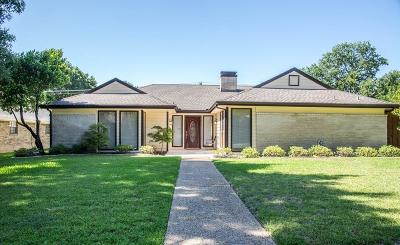 Plano Single Family Home For Sale: 2920 Crow Valley Trail