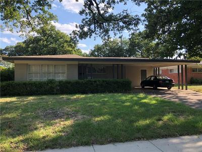 Irving Single Family Home For Sale: 1810 Colony Drive