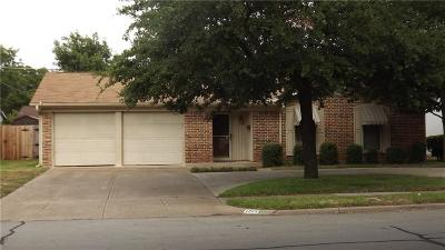 Irving Single Family Home Active Option Contract: 1908 Robinson Street