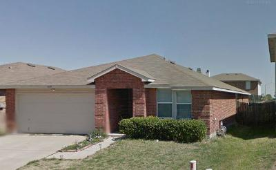 Fort Worth Single Family Home For Sale: 9129 Quarter Horse Lane