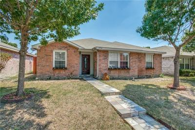 Dallas Single Family Home For Sale: 2546 Friendway Lane