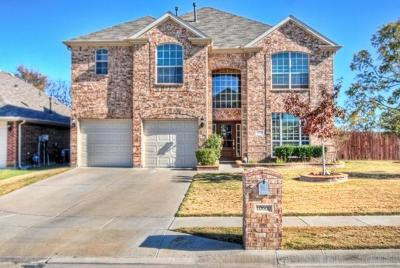 Fort Worth Single Family Home For Sale: 10600 Donnis Drive