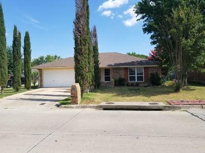Fort Worth TX Single Family Home For Sale: $182,000