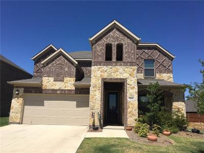 Single Family Home For Sale: 3804 Applewood