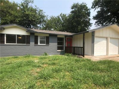 Dallas Single Family Home For Sale: 7929 Silverdale Drive