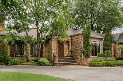 Dallas County Single Family Home For Sale: 21 Saint Laurent Place