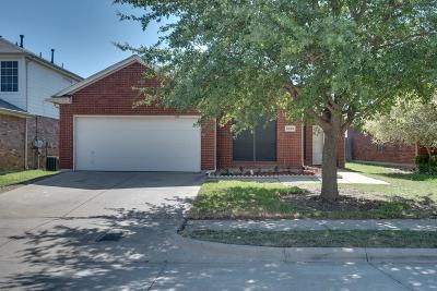 Fort Worth Single Family Home For Sale: 5908 Ash Flat Drive