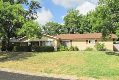 Stephenville Single Family Home For Sale: 1030 N Cleveland Avenue