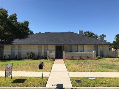Pantego Single Family Home For Sale: 3314 Peachtree Lane