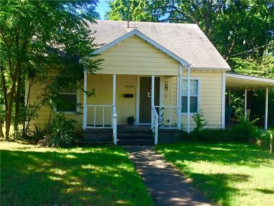 Single Family Home Active Option Contract: 1634 E Cherry Street