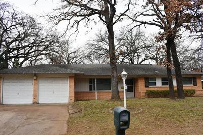 Hurst Residential Lease For Lease: 612 Hillview Drive