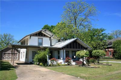 Van Alstyne Single Family Home For Sale: 226 N Dallas Street