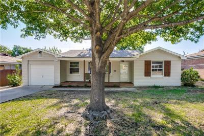 White Settlement Single Family Home Active Option Contract: 855 Perry Drive