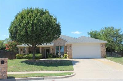 Benbrook Single Family Home For Sale: 1160 Albatross Court