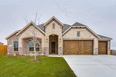 Burleson Single Family Home For Sale: 108 St Elias