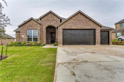 Burleson Single Family Home For Sale: 154 Fairweather