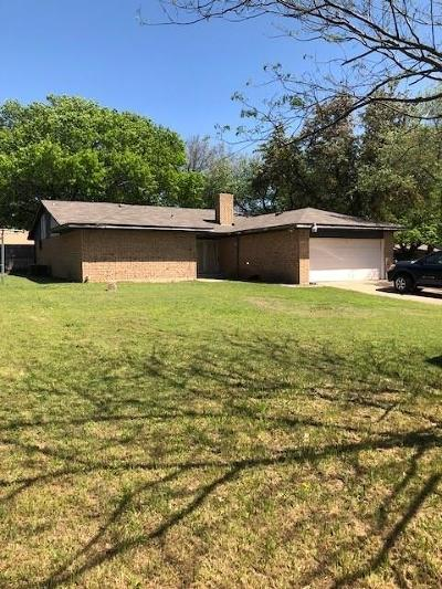 Red Oak Single Family Home For Sale: 101 N Valley Street
