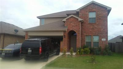 Fort Worth Single Family Home For Sale: 2549 Clarks Mill Lane