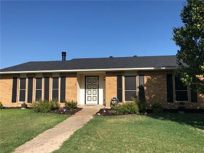 Plano Single Family Home For Sale: 3948 Dickens Drive